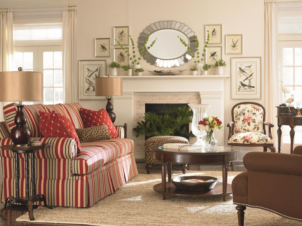 Bassett Custom Upholstery - Manor<b>Custom</b> Sofa
