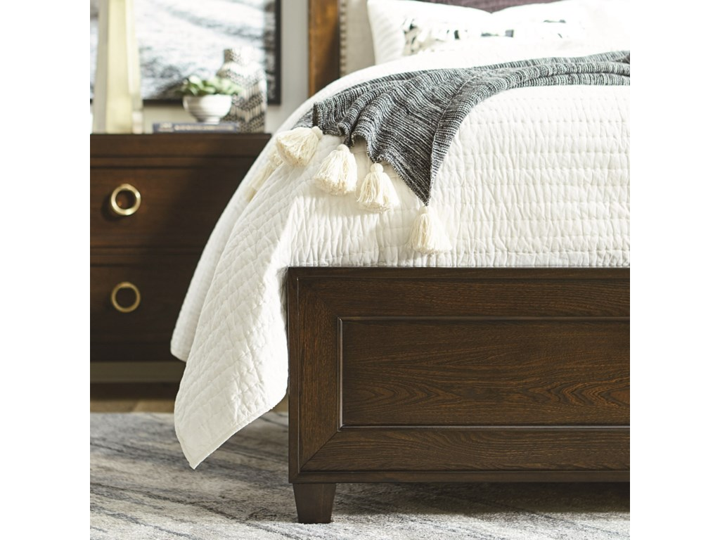 Bassett VenturaKing Bed