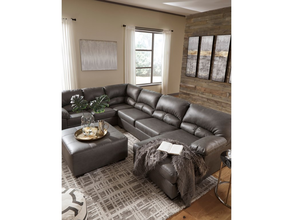 Benchcraft Aberton3-Piece Sectional with Chaise