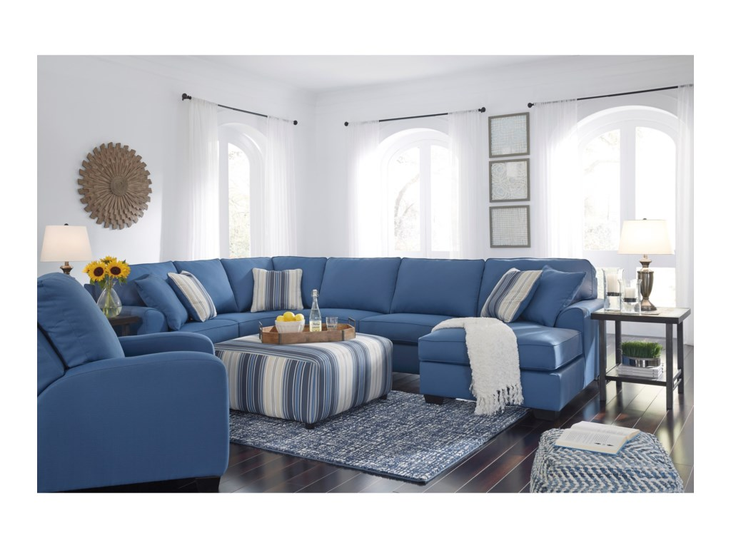 Benchcraft Brioni NuvellaSectional with Chaise