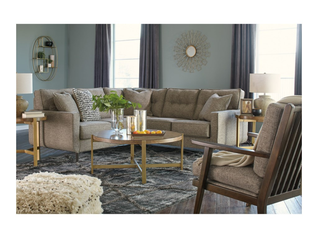 Benchcraft Della2-Piece Sectional