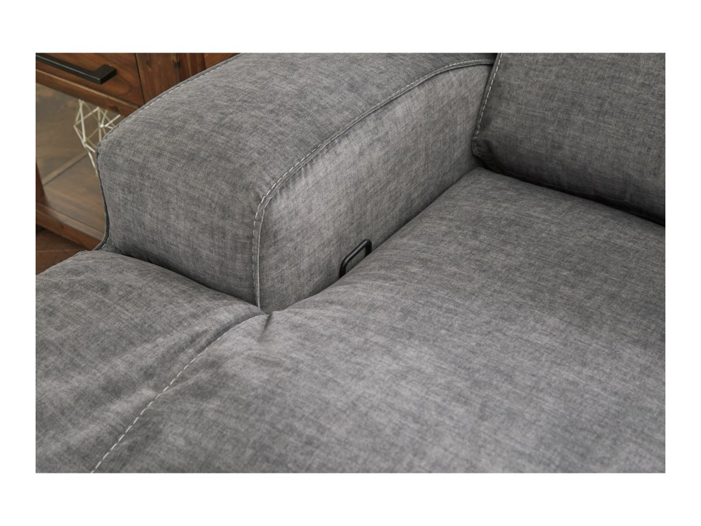 Benchcraft by Ashley CoombsWide Seat Recliner