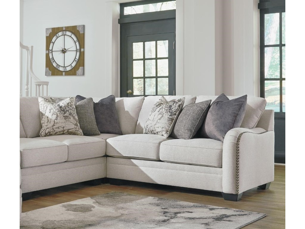 Benchcraft Dellara4 PC Sectional and Ottoman Set