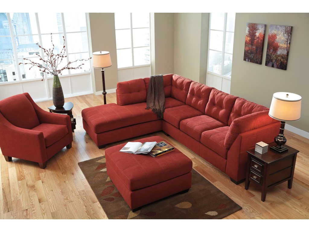 Benchcraft Maier - Sienna2-Piece Sectional with Left Chaise