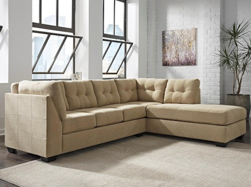 Benchcraft Maier - Cocoa 2-Piece Sectional w/ Sleeper Sofa & Right Chaise
