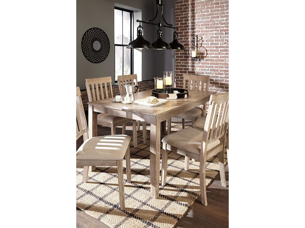 Benchcraft MattiloneDining Room Table Set
