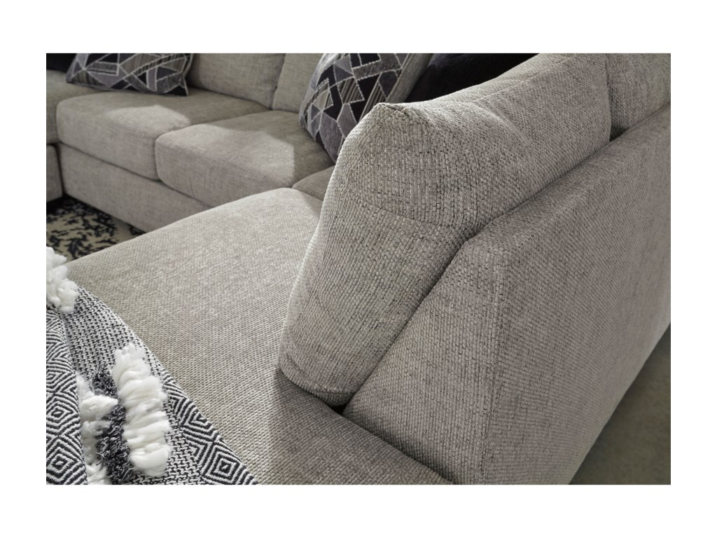 Benchcraft MegginsonSectional