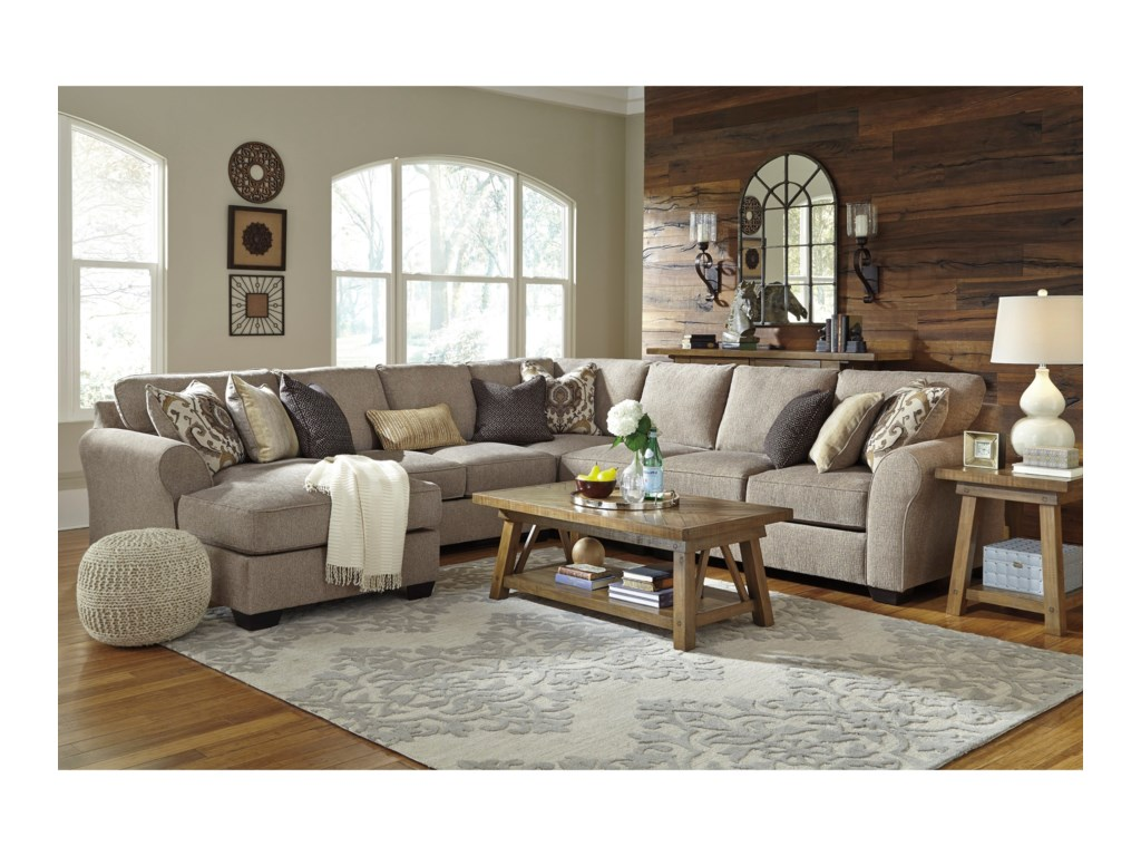 Benchcraft Pantomine5-Piece Sectional with Left Chaise