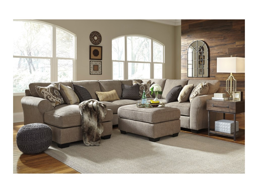 Benchcraft Pantomine4-Piece Sectional with Left Chaise