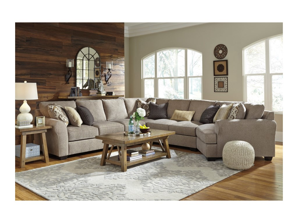 Benchcraft Pantomine5-Piece Sectional with Right Cuddler