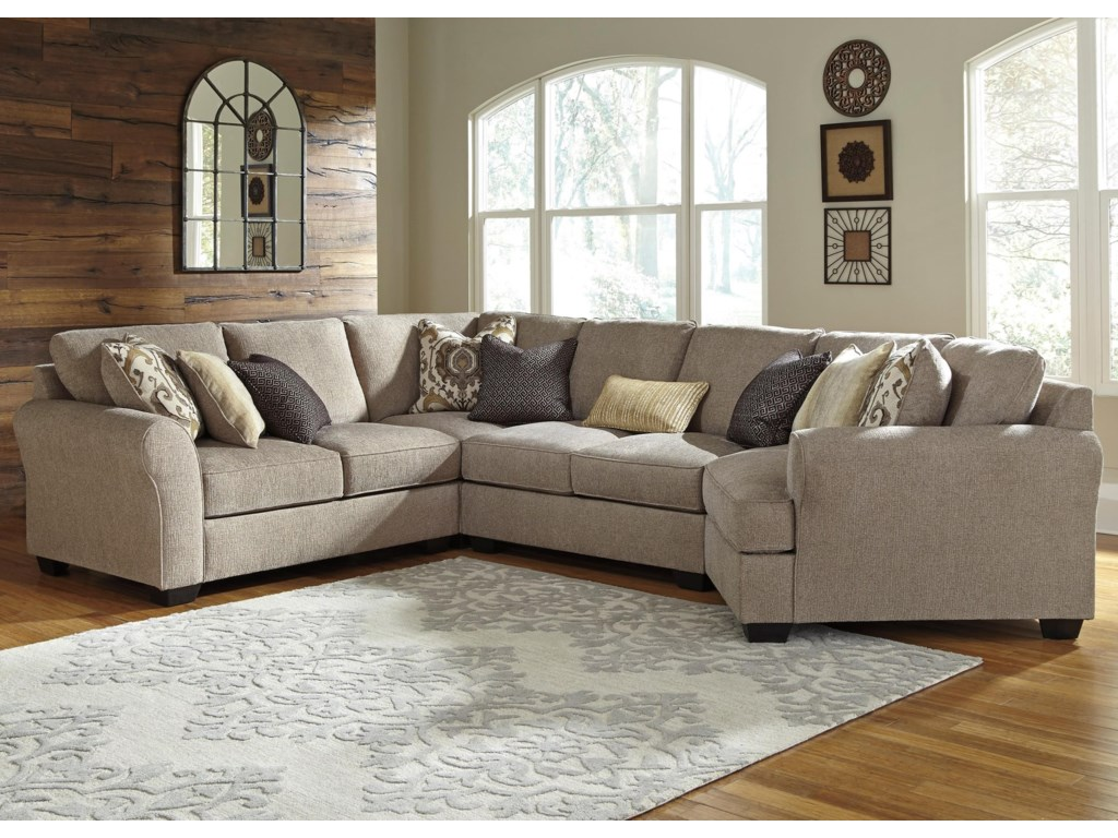 Benchcraft Pantomine4-Piece Sectional with Right Cuddler