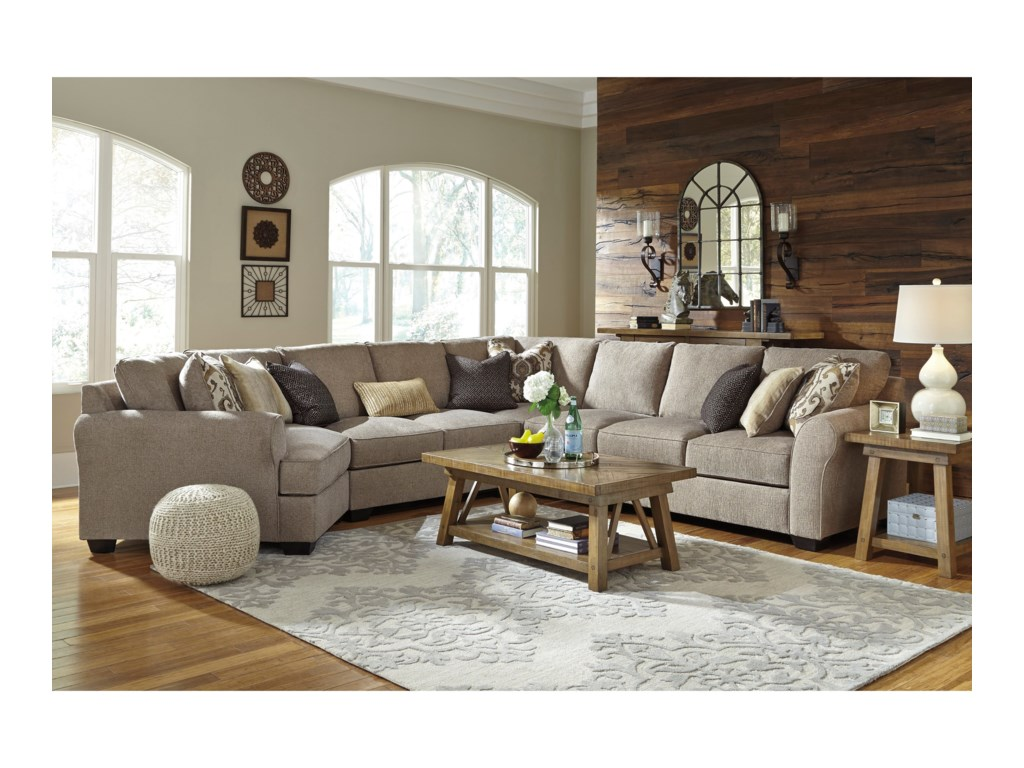 Benchcraft Pantomine5-Piece Sectional with Left Cuddler