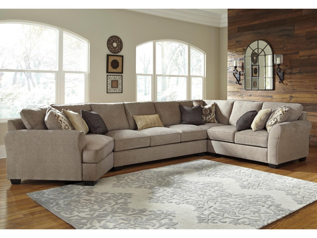 Benchcraft Pantomine4-Piece Sectional w/ Cuddler & Arrnless Sofa