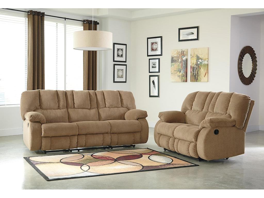 Benchcraft RoanReclining Sofa