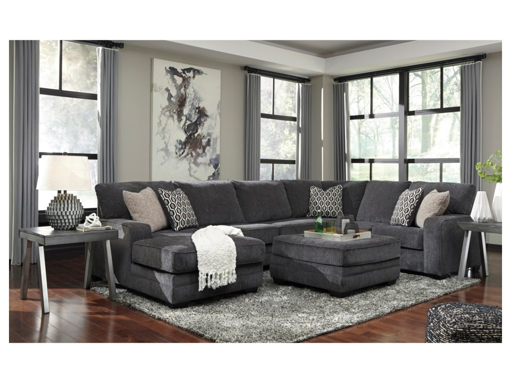 Benchcraft TraclingSectional with Left Chaise