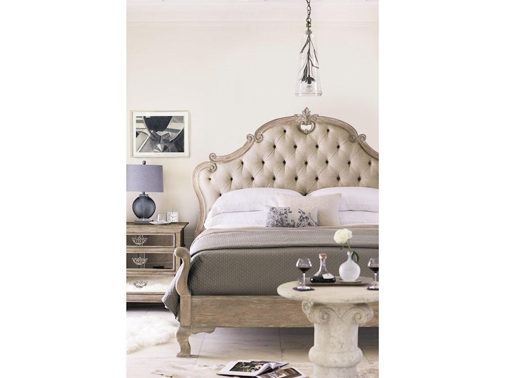 Bernhardt CampaniaQueen Upholstered Panel Bed