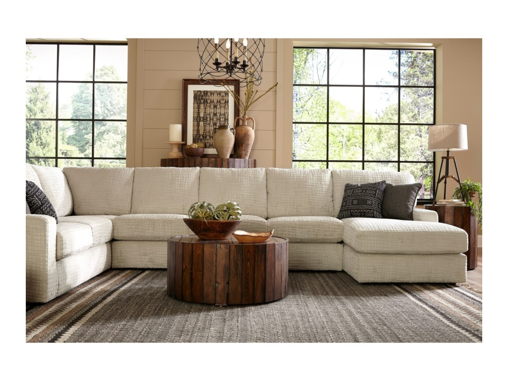 Studio 47 Dovely5 Pc Sectional Sofa w/ RAF Chaise