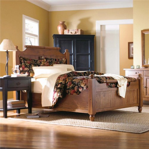 Broyhill Furniture Attic Heirlooms Queen Feather Headboard and Footboard Bed