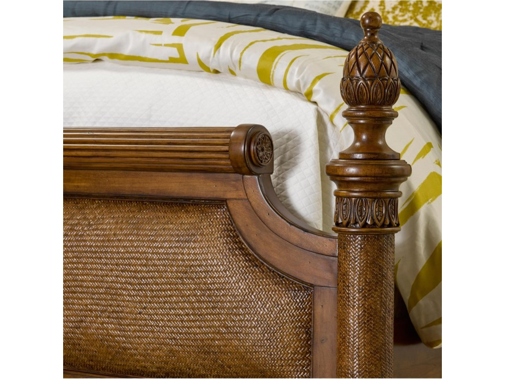 Broyhill Furniture Amalie BayQueen Panel Bed