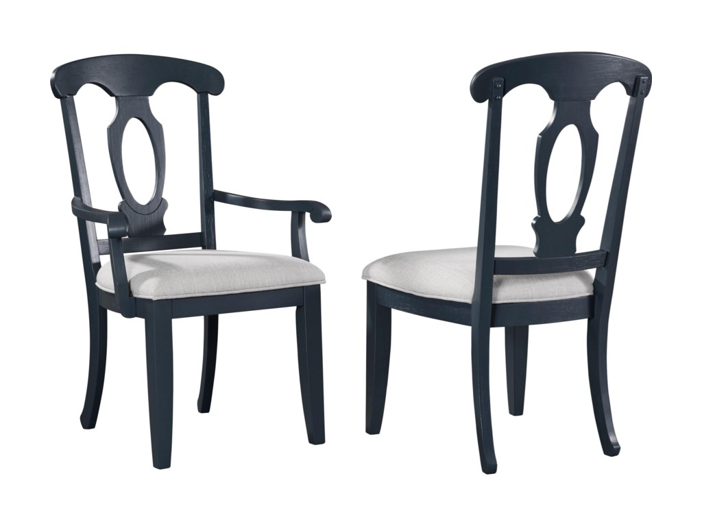 Broyhill Furniture AshgroveUpholstered Seat Side Chair
