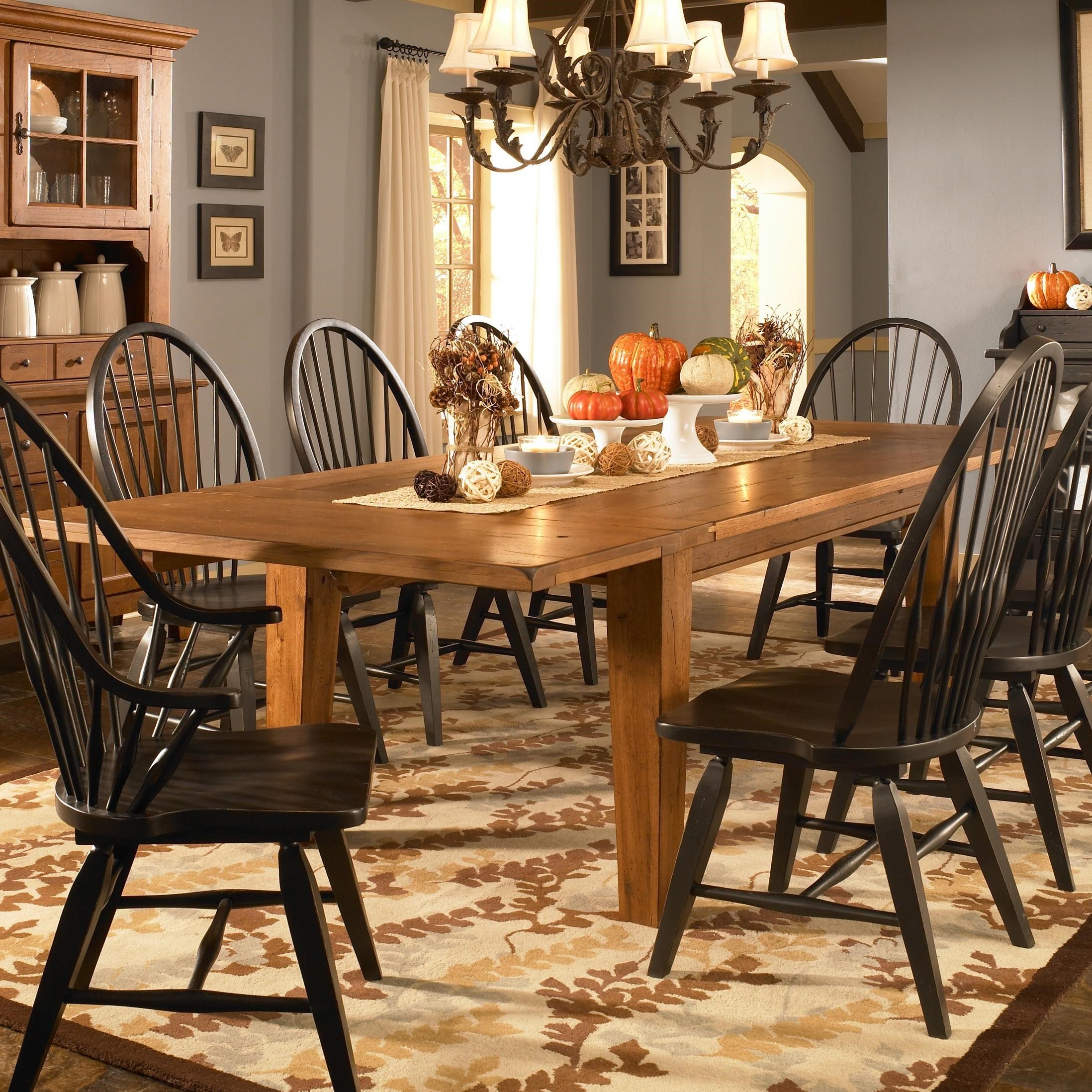 Broyhill Furniture Attic Heirlooms Leg Dining Table With Leaves   Baeru0027s  Furniture   Dining Tables