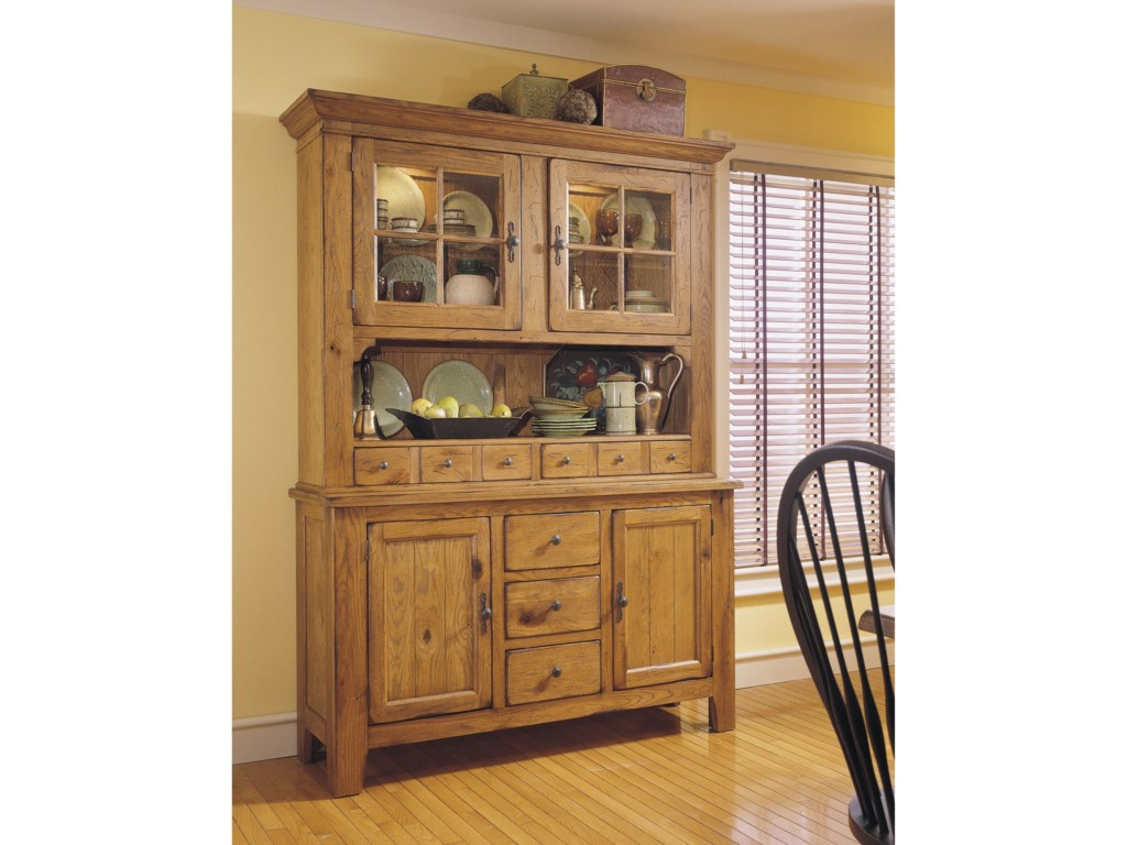 Broyhill Furniture Attic Heirlooms China Hutch And Base With Built In Lighting
