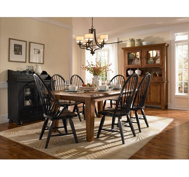 Broyhill Furniture Attic Heirlooms 5397-84B Windsor Arm Chair ...