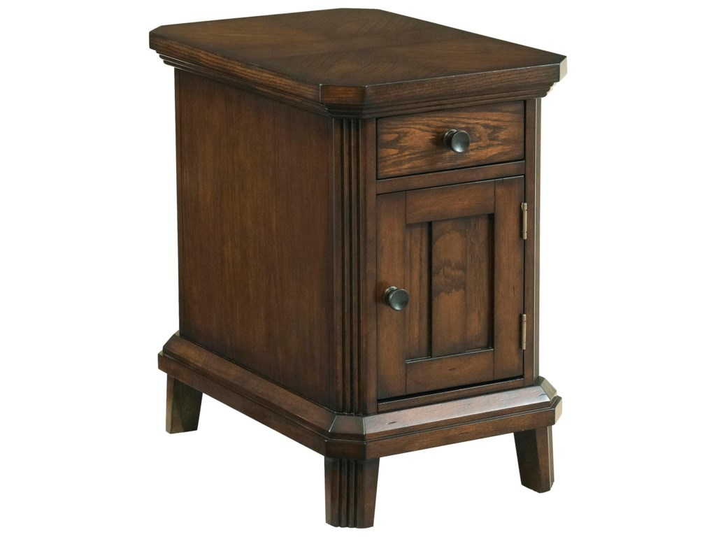 Broyhill Furniture Estes ParkChairside End Table