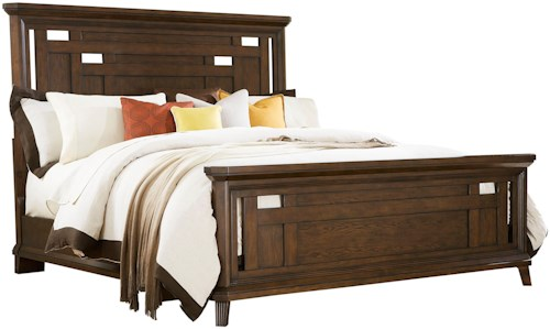 Broyhill Furniture Estes Park California King Panel Bed with Crown Molding