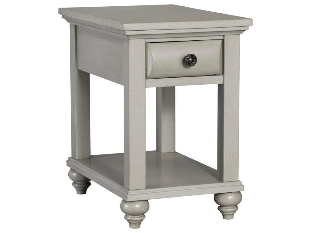 Broyhill Furniture KearsleyChairside Table