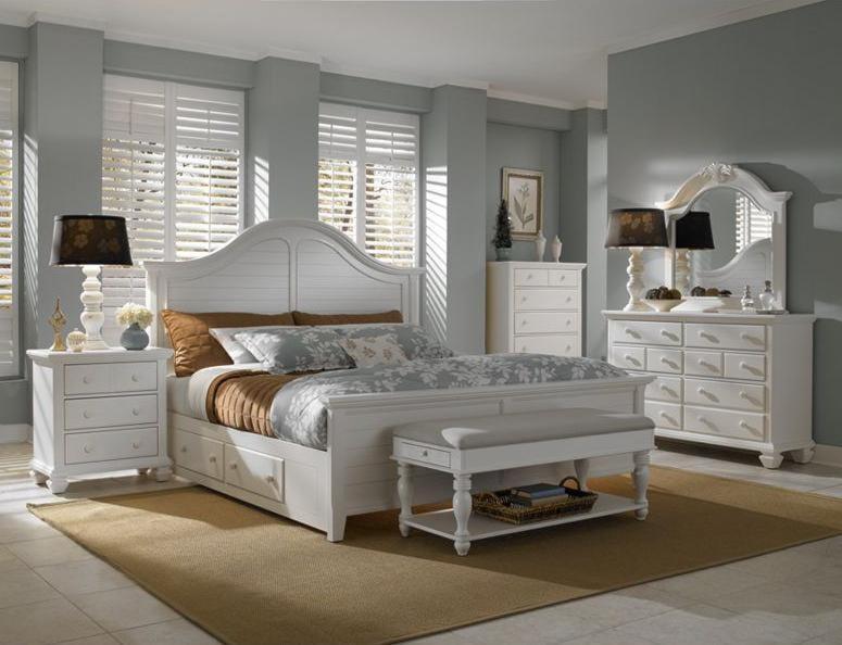 Broyhill Furniture Mirren HarborArched Dresser Mirror