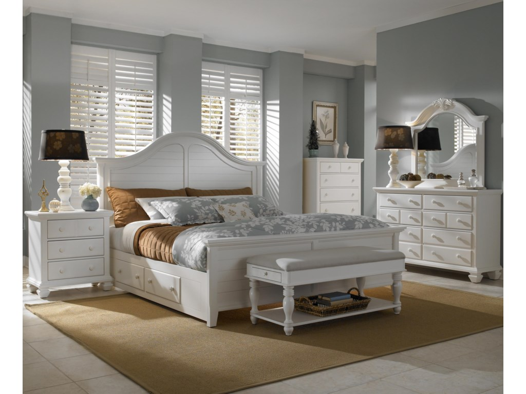 Shown with Optional Footboard, Nightstand, Bench, Chest, Dresser & Mirror