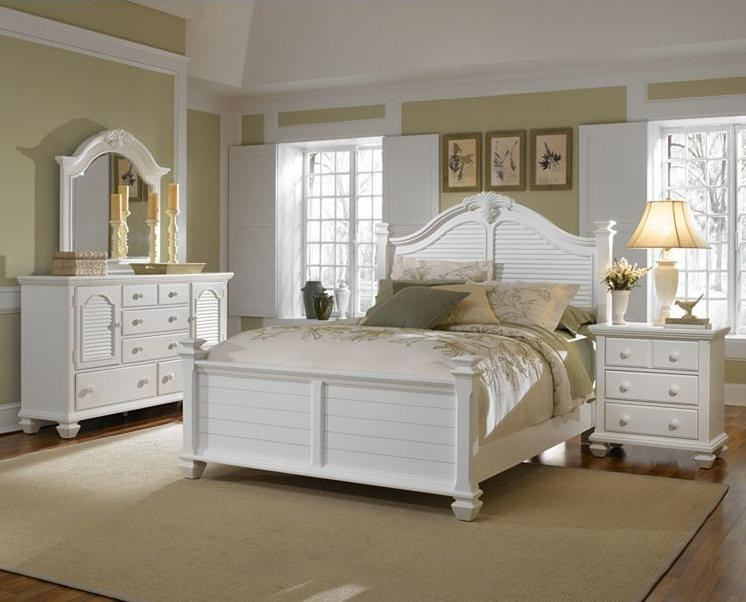 Shown with Dresser and Mirror and Queen Bed