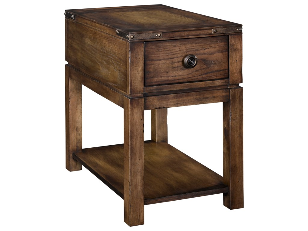 Broyhill Furniture Pike PlaceChairside Table