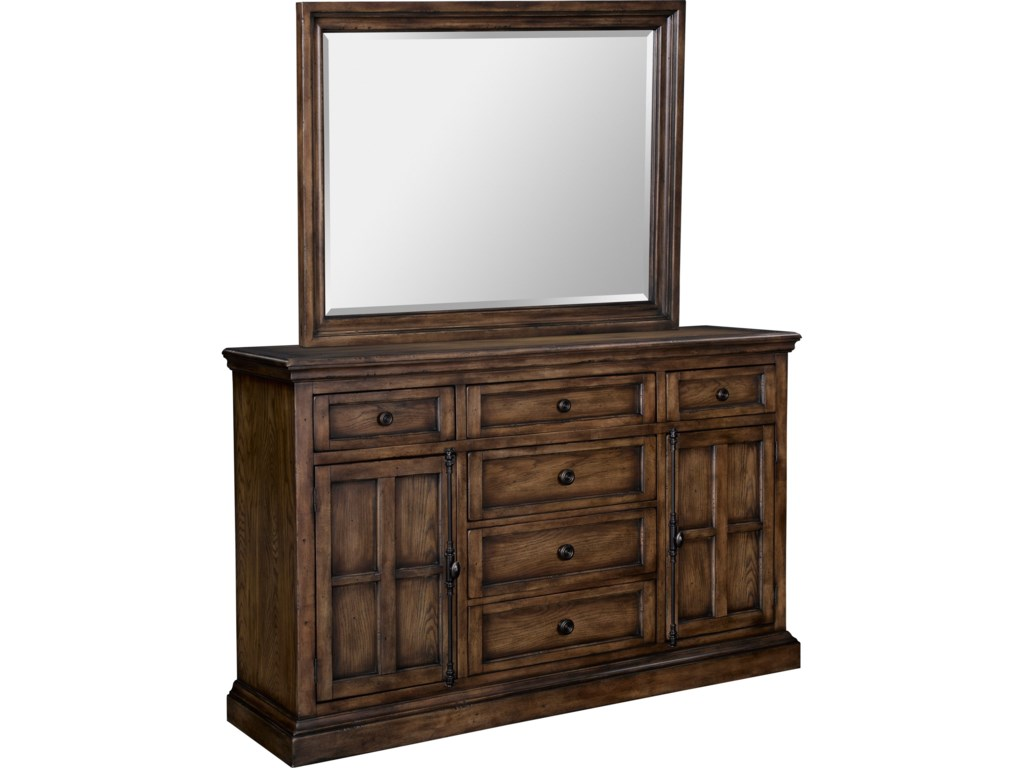 Broyhill Furniture Pike PlaceGrand Dresser