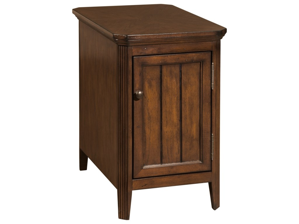 Broyhill Furniture 8712Estes Park Accent Table