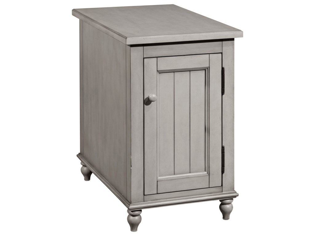 Broyhill Furniture 8712Kearsley Gray Accent Table