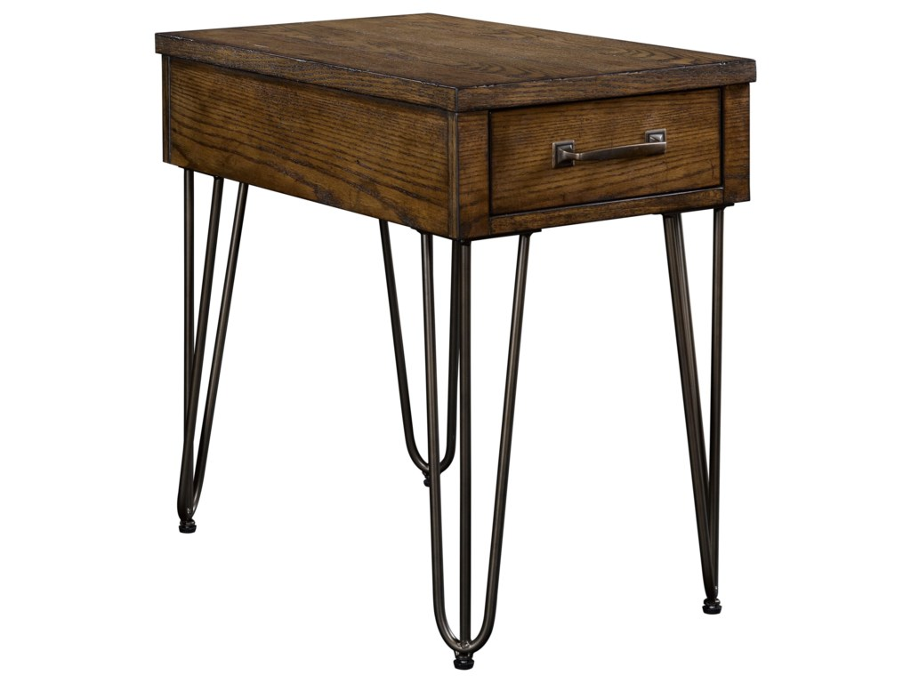 Broyhill Furniture WarrenChairside Table