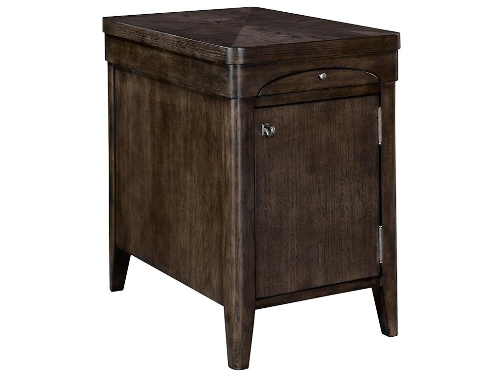 Broyhill Furniture ZacharyChairside Chest