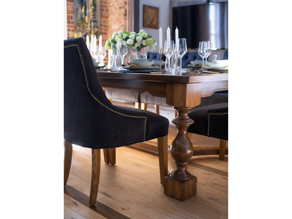 Canadel Farmhouse ChicCustomizable Dining Table