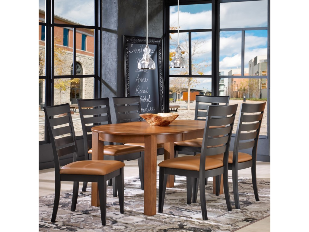 Canadel Gourmet - Custom Dining<b>Customizable</b> Round Table Set