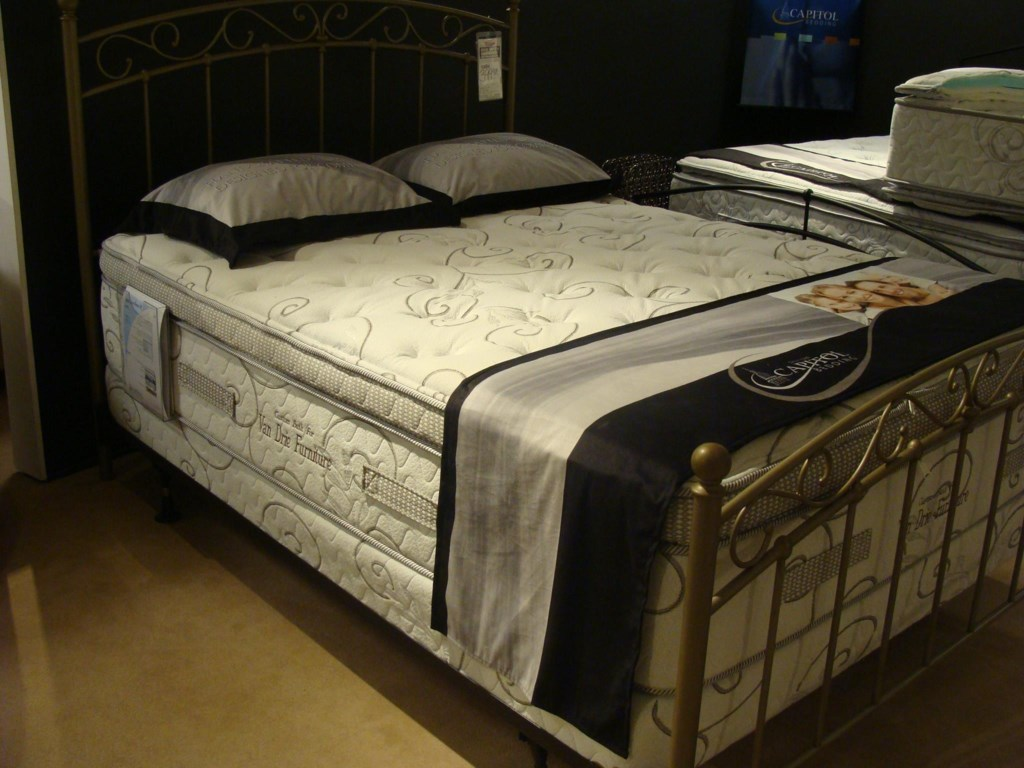 Capitol Bedding GrandeurQueen Firm Mattress Set