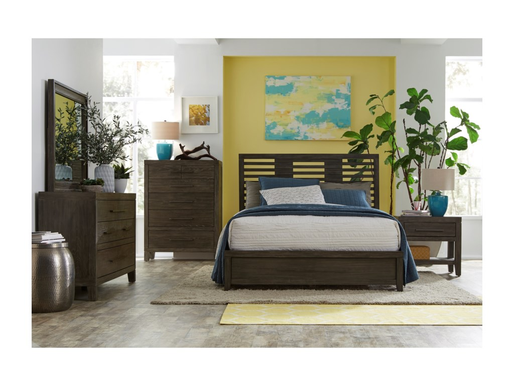 Belfort Select DistrictQueen Panel Bed