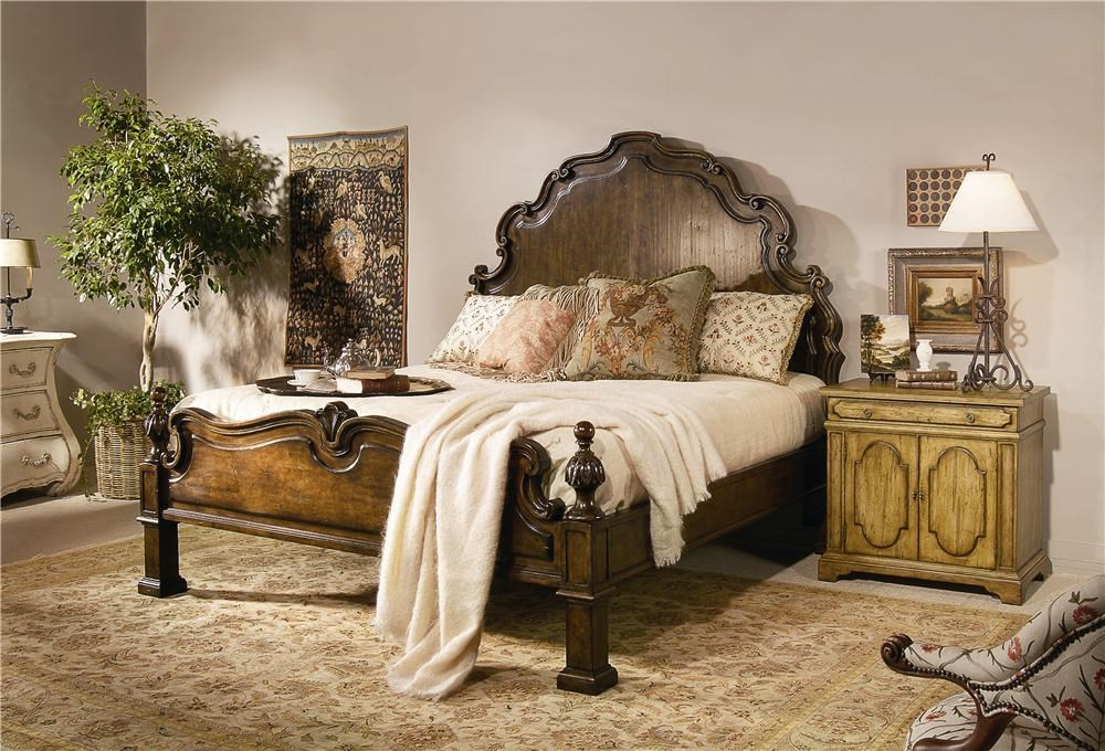 Century CaperanaHeadboard and Footboard Bed
