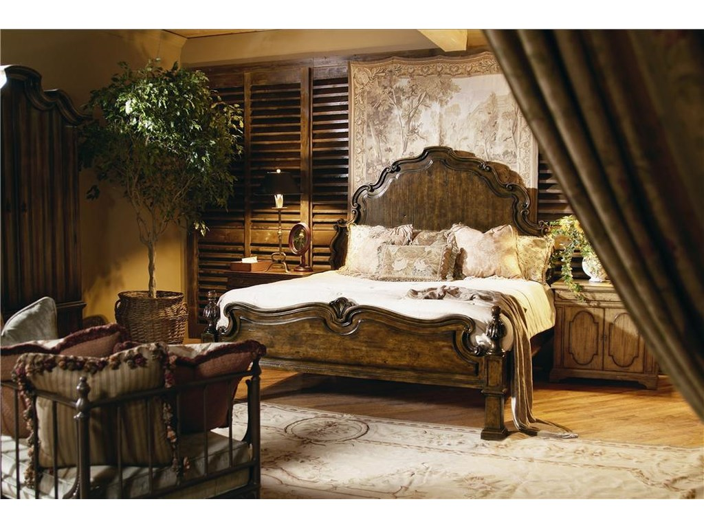 Century CaperanaHeadboard and Footboard Bed