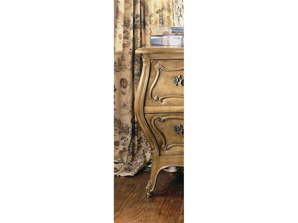 Century Coeur De FranceNightstand/Bedside Table