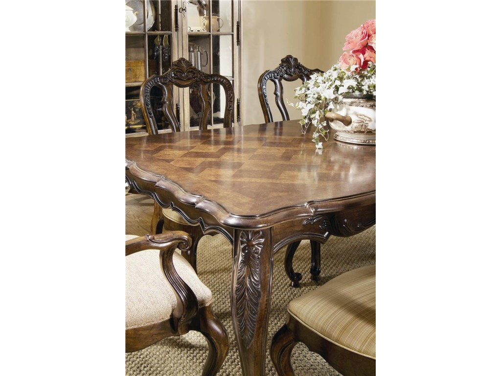 Century Coeur De FranceDining Room Table