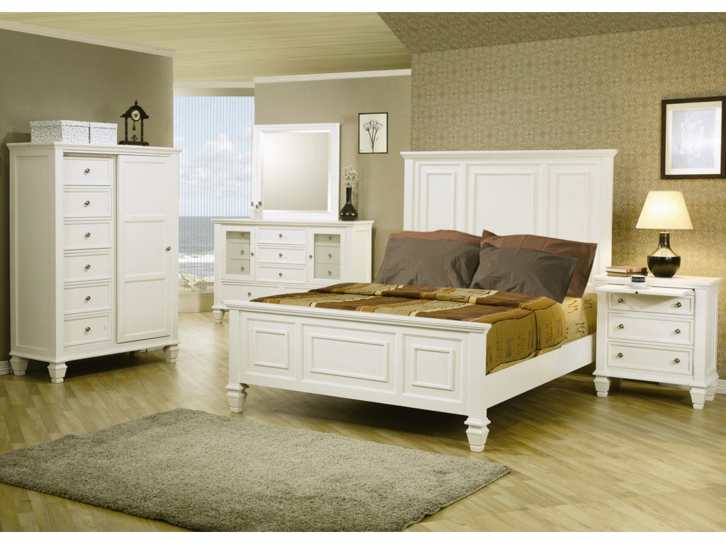 Shown in Room Setting with 8 Drawer Chest, Mirror, Queen Bed, and 3 Drawer Nightstand