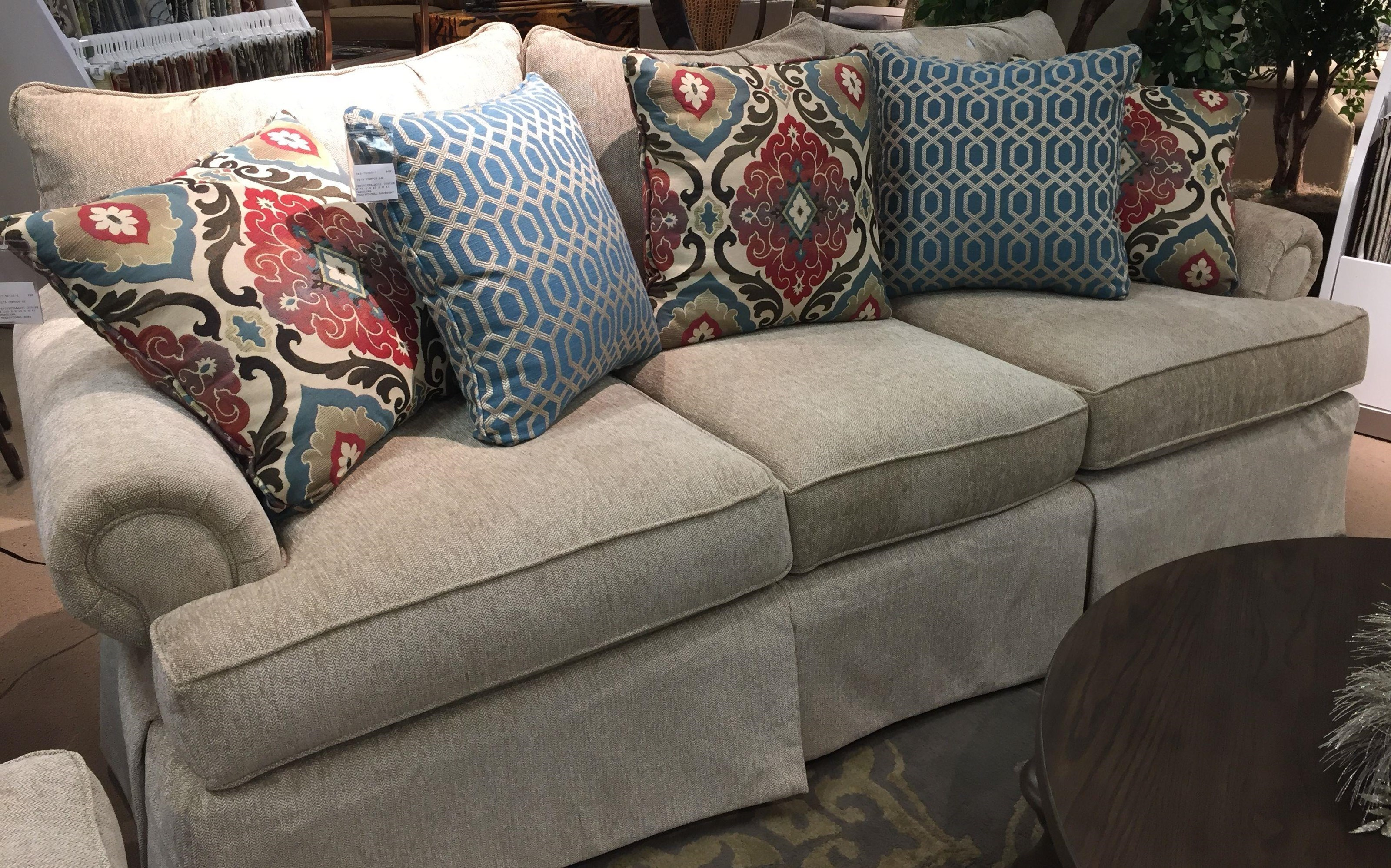 craftmaster 9275 loose pillow back sofa with rolled arms and skirt rh miskellys com pillow back sofas and couches pillow back sofas and couches