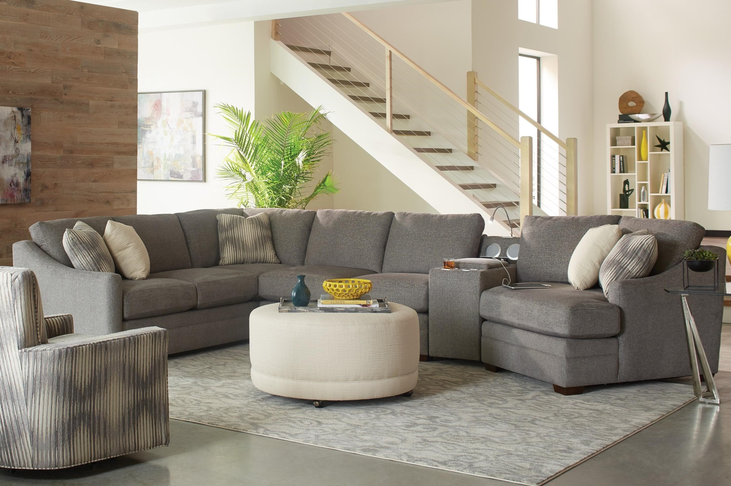 Craftmaster F9 Custom Collection4 Pc Sectional Sofa W/ Power Console ...